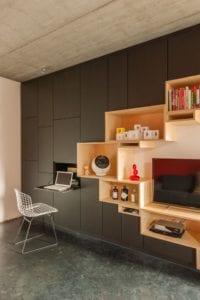 Espace bureau dans le placard de votre logement